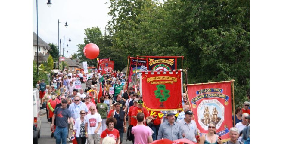 Tolpuddle 2014 - Parade of Banners First View
